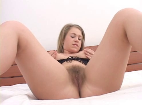 image Shemale babe takes a massive cock
