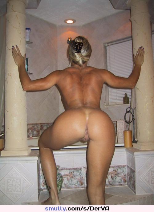 Nice cougar ass