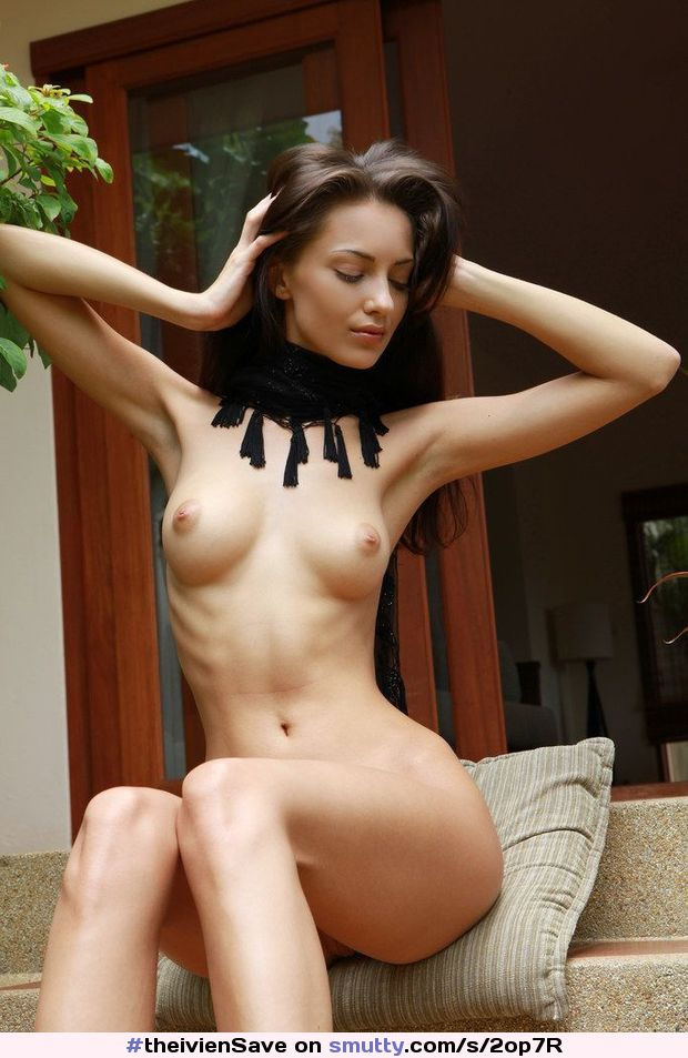 fit young women nude