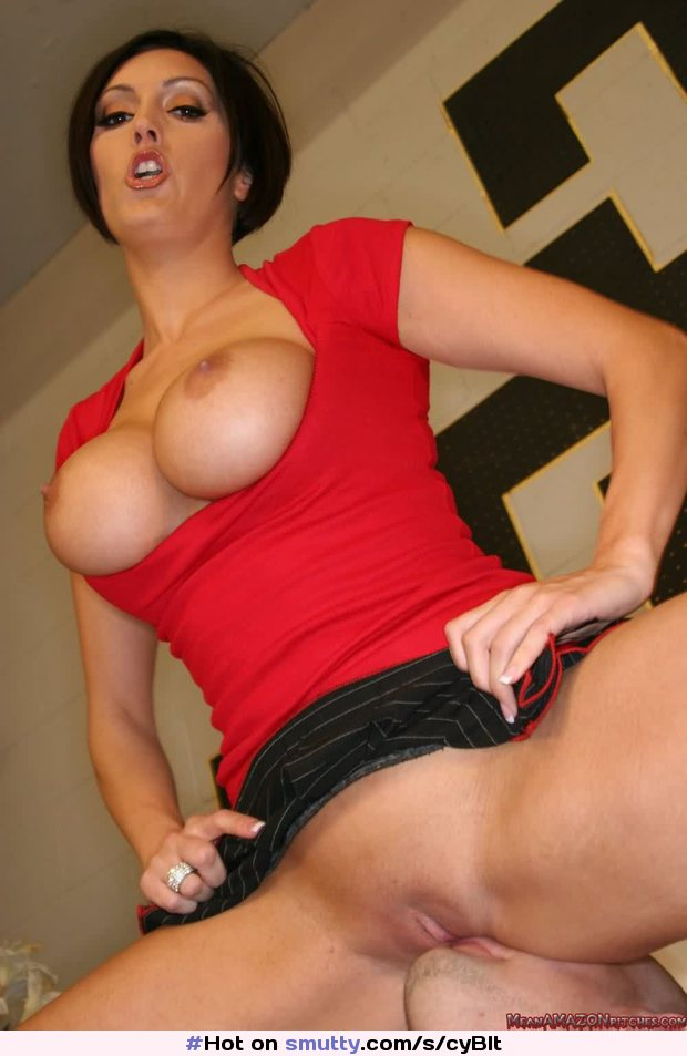 Hot mature facesitting