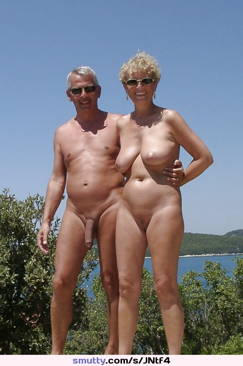 Mature couple having fun and were secretely fimed