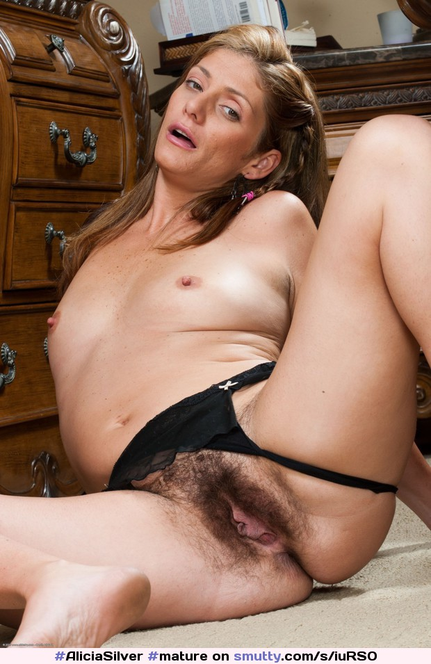 Hot cougars with hairy pussies