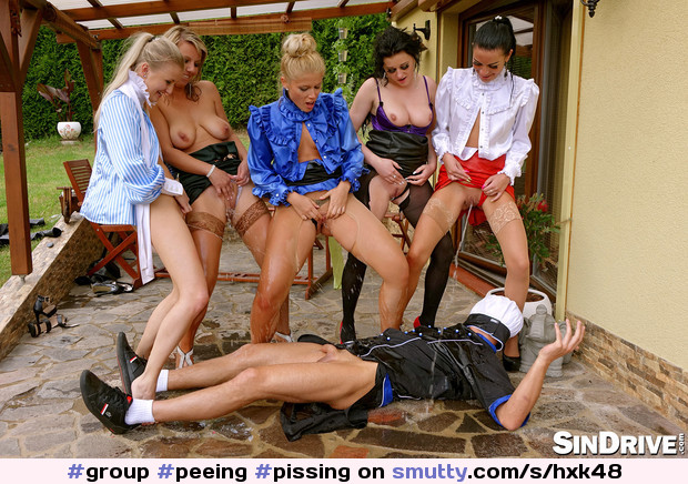 #group #peeing #pissing #pussy #shaved #niceslit