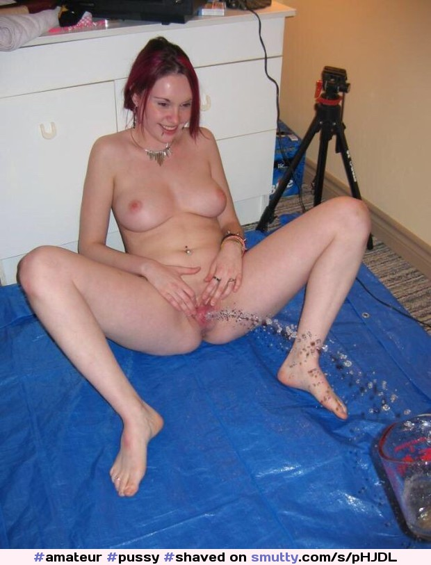 #amateur #pussy #shaved #naked #peeing #pissing #spreadinglegs #spreadingpussy #showingpussy #lickablepussy