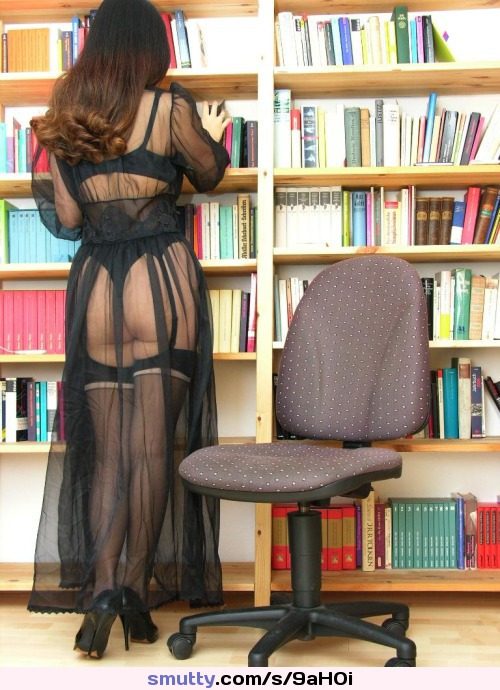 Librarian's new uniform keeps the boys away from street