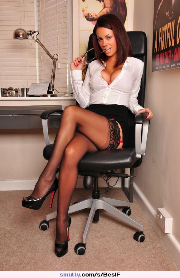 Hot leg sexy secretary