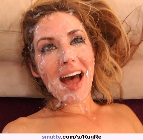 Talented Smiling cum facial bukkake for