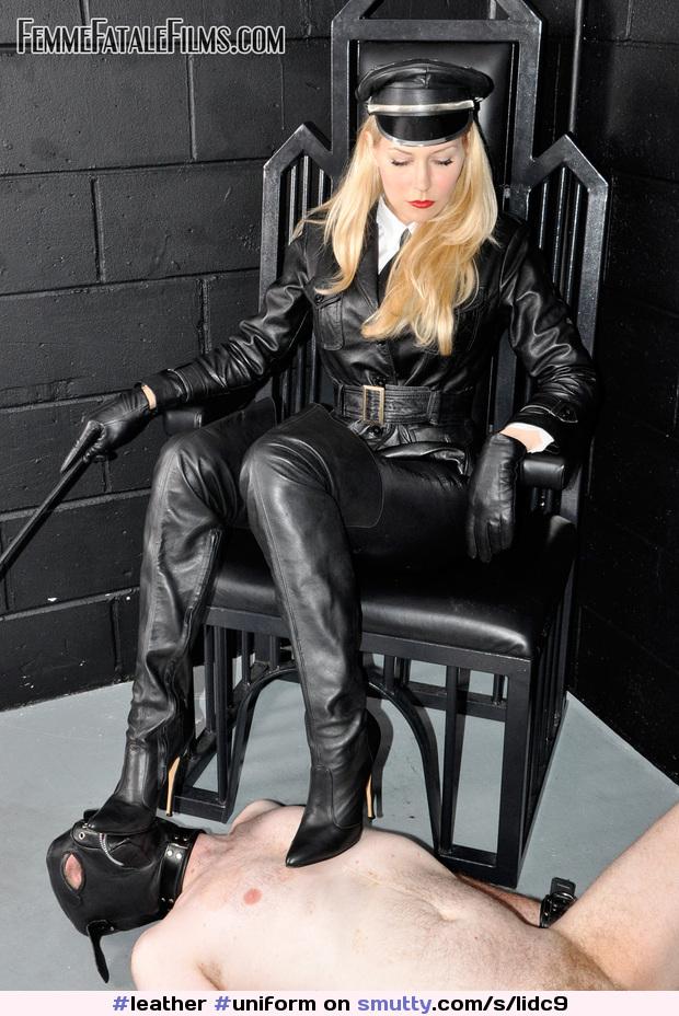 fem dom domme leather bdsm d B