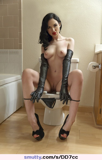 LemortaSuicide #goldenthronegirls.tumblr #toilet #pee #peeing #piss # ...: https://smutty.com/s/DD7cc