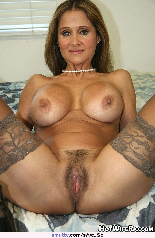 Hot wife rio pussy very well