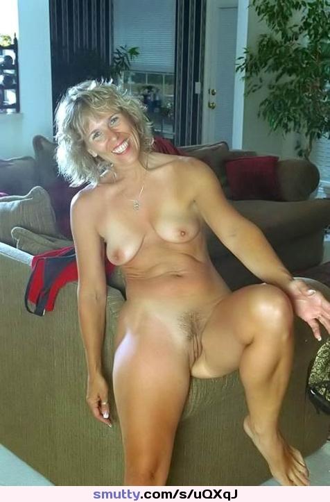 Pervertida caliente medio desnuda niñas