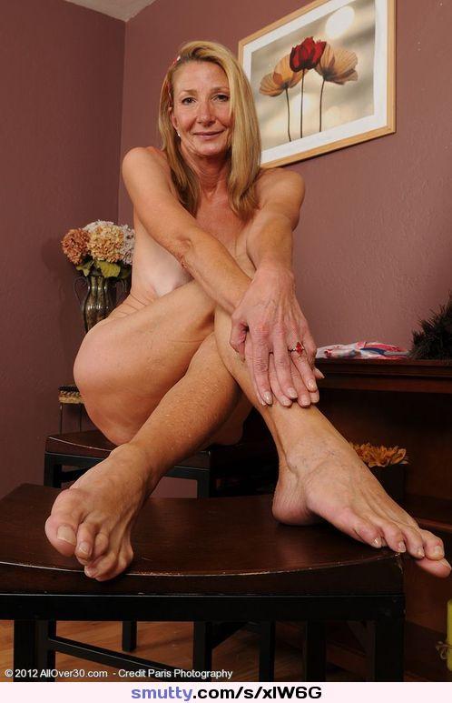 Gilf Feet