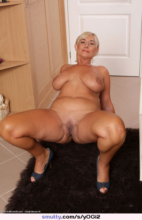 Thick Mature Cougar Bbc