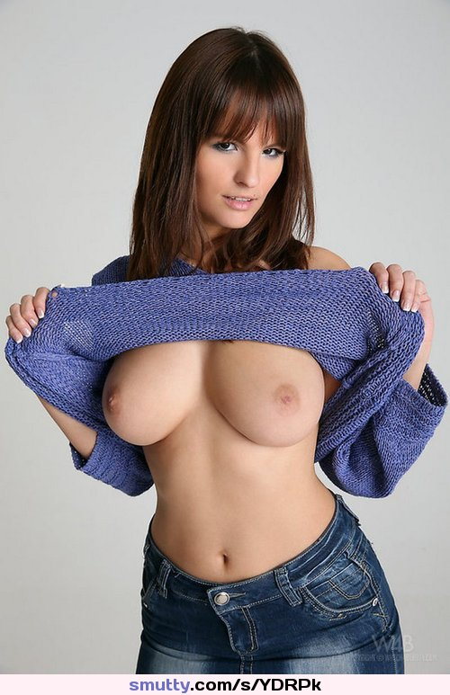 Random Photo Gallery Girl deepthroats huge cock