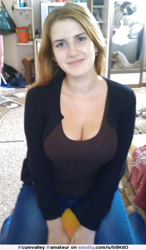 Busty amateur fucked non stop by a brutal dildo machine 2