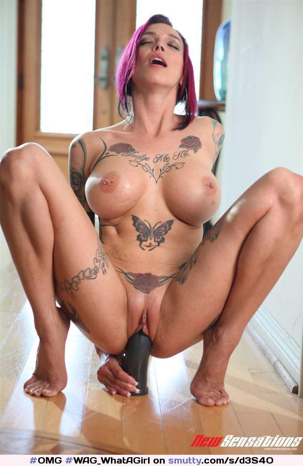 Anna Bell Peaks Nude
