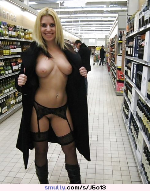 Exhibitionist stockings maure erotic