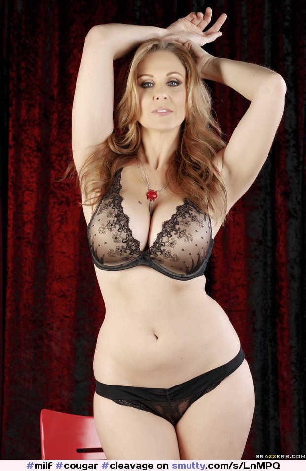 Milf Cougar Cleavage Bra Lace Panties Pale  -1368