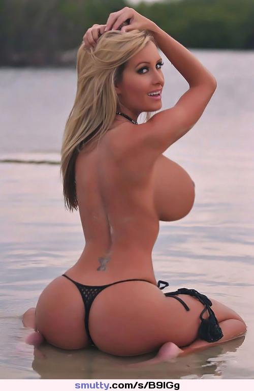amateur milf bikini